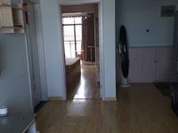 少数南北通透60平米精品一室一厅户型,家电齐全,装修精,拎包入住