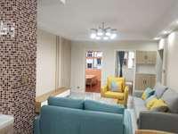 北湖小区2楼115平方,南北通透三房,证件齐全,无税装修漂亮,随时看房