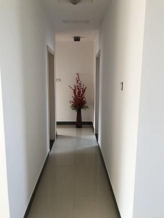 山水人家 品质小区 精装全配 拎包入住 中间楼层 全天采光 家主诚心出售