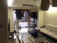 英仕公馆4室,品牌家电家具,豪华全配,装修非常新,赠送面积大,周边商业配套齐全。