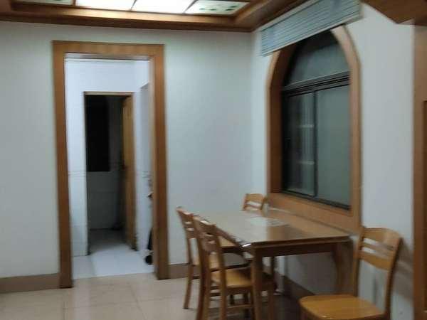 出租天安东区 2室2厅 拎包入住 中装 2个卧室都有空调哦、1500