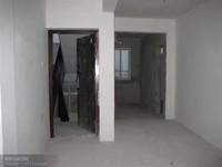 红叶山庄 毛坯2室 多层5楼 本小区仅此一套多层小户型 看中价格能谈