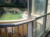 阳光地中海别墅 急卖 共4层300多平带院子地下室车库一个露台4个阳台 无税!