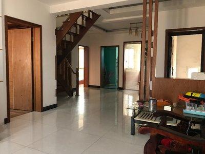 出售菱溪苑4室3廳1衛140.89平米52萬住宅