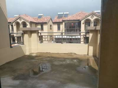 祥生十里上下4层别墅赠送车库面积赠送多实际面积400多平一楼调高5米院子50平方