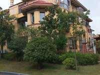 仕府公馆双拼别墅 直接售楼部更名 东边户院子60平超大平台 随时看房 前面公园