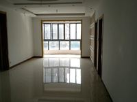 凯迪塞纳河畔 轻轨路口 3室2厅1卫 毛坯