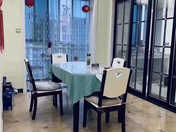 發能鳳凰城三室加入戶豪華裝修,全屋中央空調,照片實地拍攝,周邊完善