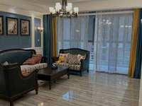 出售市中心豪华住宅中央名邸豪装四室