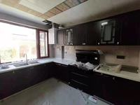 祥生藝境山城別墅,產證196平實際面積260.裝潢已經花了120萬,全實木家具。