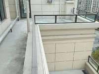 南台府 洋房顶楼复式 赠送南北大露台 实际面积300平 看房方便