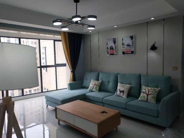龙山小区107平 3室 全天采光 核心地段 户型漂亮 家主急售