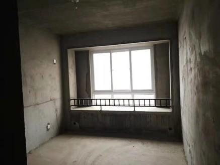 实验小学对面 城南高档小区 正东中央公馆 毛坯边户三房