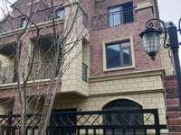 金鹏玫瑰郡别墅 真实房源 东边户 有证 无税 上下共五层 带超大院子 看房方便