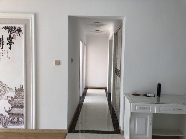 出售城南以南高铁轻轨旁3室2厅1卫105平米48.8万住宅