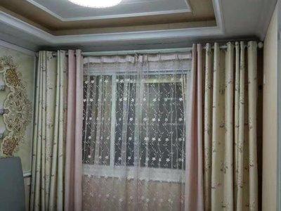 益林铭府小板楼中层 三室豪华装修 二十多万平拍家电中央空调 婚房未住 急售