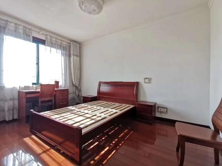 锦绣园电梯洋房中间层正规三室精装全配套房出售