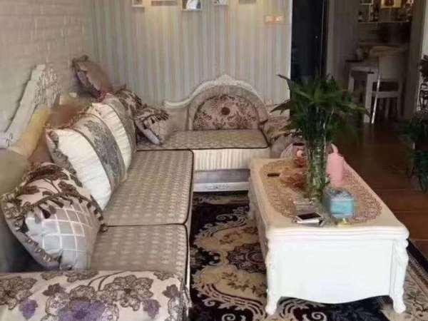 城东大唐菱湖御庭 豪华装修 装修20万婚房 性价比高