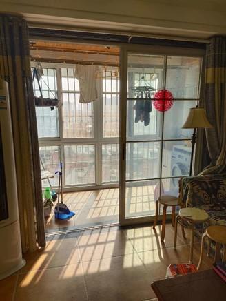 铜欣雅居电梯房9楼二室豪装全配套房出售