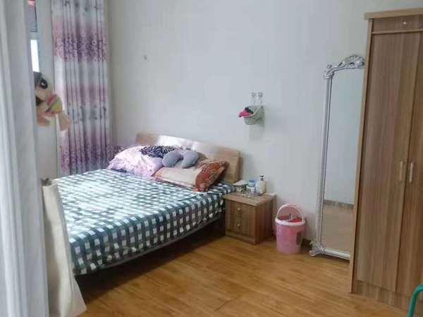 出售凤凰三村3室1厅1卫80平米45.8万住宅