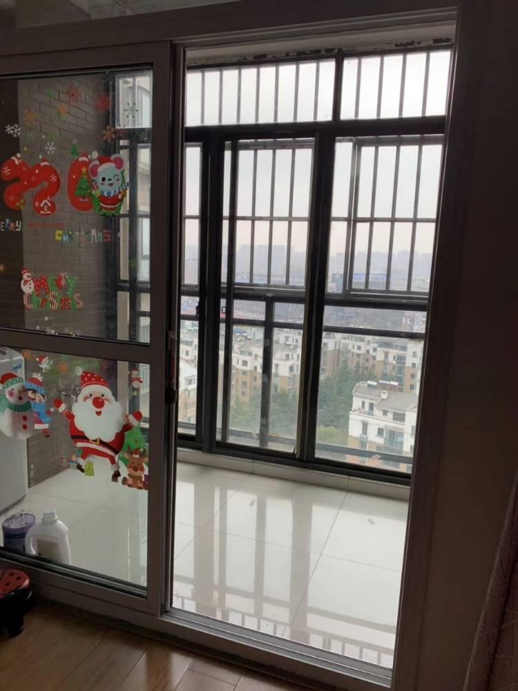 出租山水人家1室1厅1卫55平米1500元/月住宅