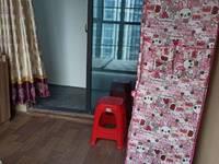 出租发能凤凰城4室2厅2卫12平米400元/月住宅只租女生