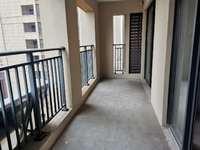 城南 珑熙庄园 3室2厅 中间楼层 户型漂亮 单价低 可按揭