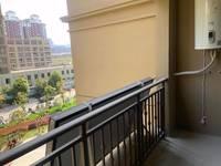 出售汇鑫大成国际3室2厅2卫126平米103万住宅