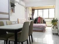 尚城国际精品公寓 挂学区 精装全配 楼层好 采光刺眼