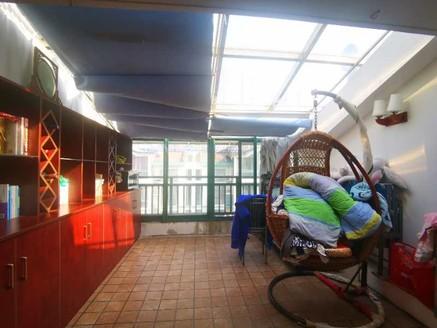 市区 万达旁 香樟花园六楼复试 楼上楼下全屋中央空调 前后大露台 无税