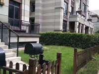 三盛别墅 带院子带双车库 实际400平房主部分装修花了10万 有证无尾款中间位置