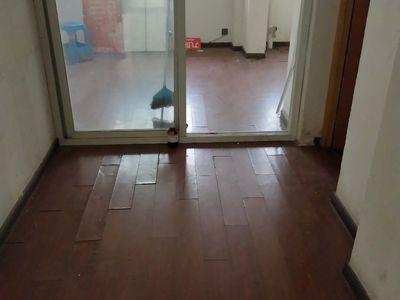 真实房源百合花园旁丰乐世家电梯132平米3室2卫101.8万装修简单五中学区