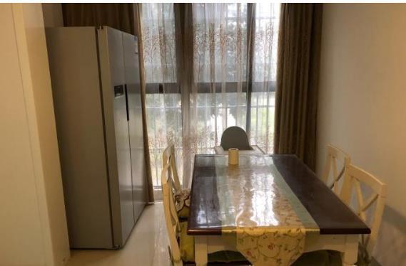 发能国际成 电梯房 118平米3室2厅 衣帽间 婚房114万 无税实验小学六中