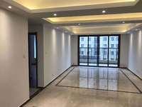 珑玺台洋房 四室两厅两卫 精装修 有房产证 东坡中学对面