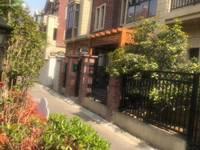 出售金鹏玫瑰郡6室3厅3卫360平米339.8万住宅
