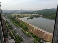 出售凤凰湖畔3室2厅1卫115平米105.8万住宅