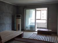 出租:华尔南台府4室2厅2卫130平米1700元/月