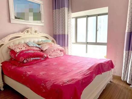 凯迪塞拉河畔 精装婚房 无税 满五唯一过户费低 有钥匙 20楼