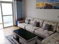 清流人家 精装3室2厅,房间宽敞明亮,交通便利,家用电器,生活设施一应俱全。