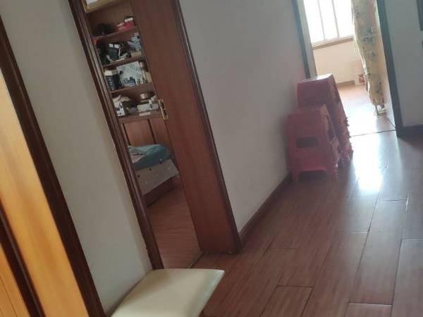 长乐小区2楼,3室2厅1卫114平米,85.8万,无出让金满五唯一