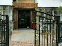 丰乐山庄永和园老式精装三室二厅一楼带大院子,可以养花琅琊路五中双校区无税满五唯一