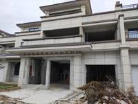 出售绿城御府5室4厅3卫248平米310万住宅
