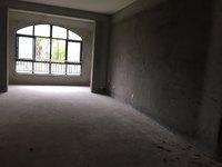 景臣御园 一楼洋房4室 赠送150平地下室 可改房间 厨房 送车位 无税无尾款