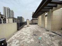 琅琊府洋房顶楼复式 赠送面积多 超大露台 小区环境好