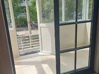 天长路市中心,实验中学学区,2 楼送50 平方大平台