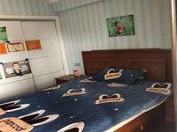 英仕公馆 一楼带院子60平 送地下室四室满五唯一无税可谈急售