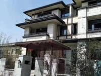特价金鹏玲珑湾5室3厅3卫260平米235万住宅