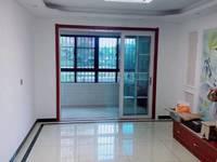 出售大唐菱湖御庭3室2厅1卫141.790万,一楼架空,古典家具