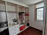 出售南都华府3室2厅2卫117平米99.8万住宅
