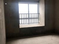 天逸华府桂园,一中学区房。两室两厅一卫,价格可谈。